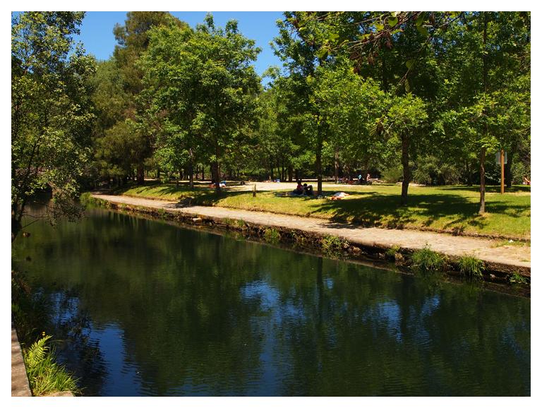 Camping de monta a en maceira covelo pontevedra galicia for Camping en galicia con piscina